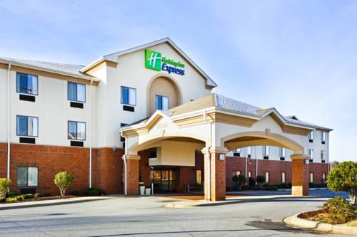 Holiday Inn Express Forest City Cover Picture