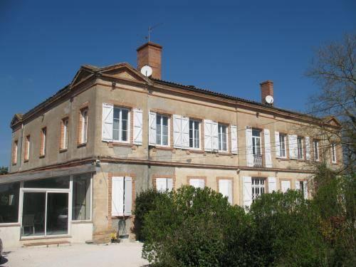 Chateau de Faudade Cover Picture