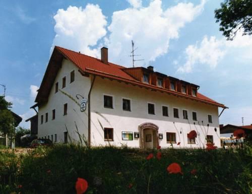 Gasthof zum Kirchenwirt Cover Picture