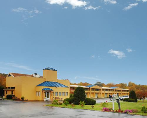 Quality Inn Brookville Cover Picture
