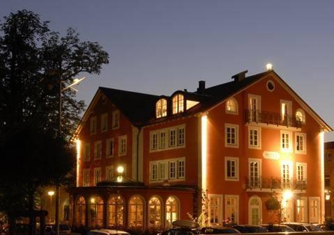 Hotel Königin Olga Cover Picture