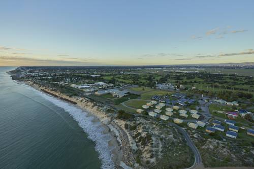 Adelaide Shores Resort Cover Picture