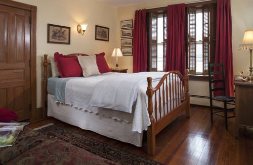 Harvest Moon Bed & Breakfast Cover Picture