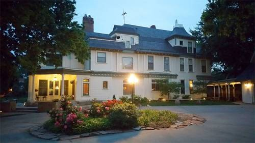 Wellington Place Inn Cover Picture