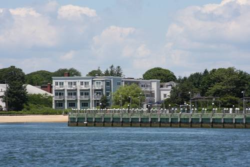 The Harborfront Inn Cover Picture