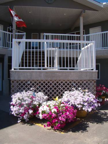Shoreside Inn & Suites Cover Picture