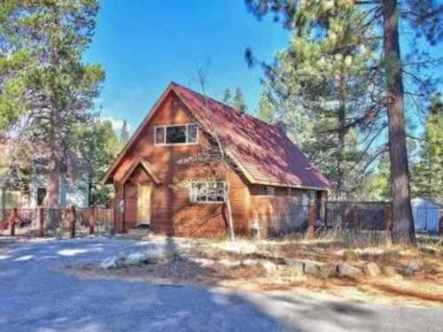 The Pine Cone Retreat Cover Picture