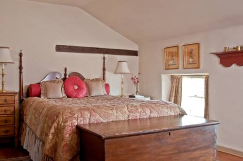 Wayside Inn Bed and Breakfast Cover Picture