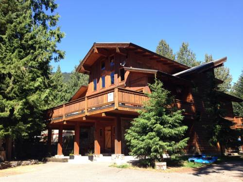Alpine Lodge Whistler Cover Picture