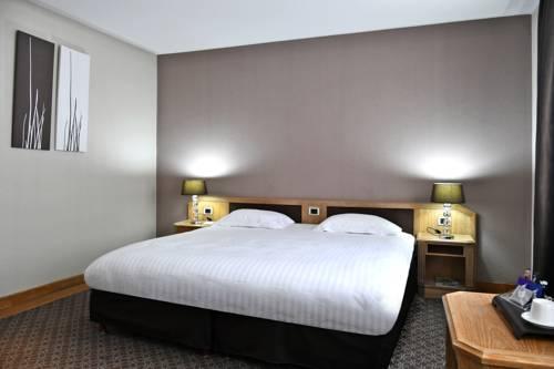 Le Grand Hotel Cover Picture