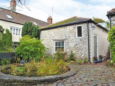 Longbridge Cottage Cover Picture