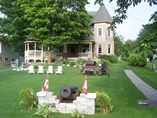 Creighton Manor Inn Bed & Breakfast Cover Picture