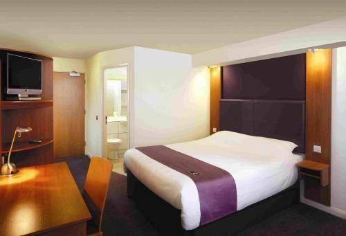 Premier Inn Eastbourne Cover Picture