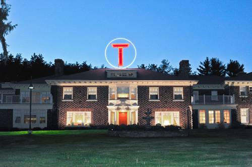 Traditions at the Glen Resort and Hotel-Binghamton/Johnson City Cover Picture