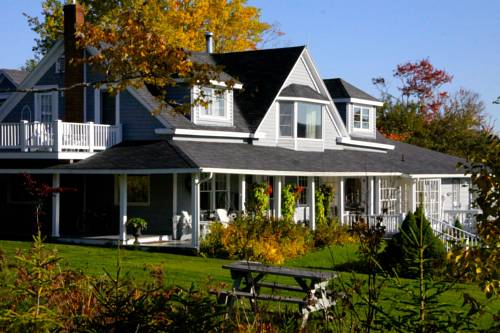 Broadwater Inn & Cottages Cover Picture