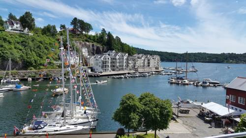 Tvedestrand Fjordhotell Cover Picture