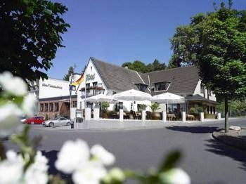 Hotel Weidenbrück Cover Picture