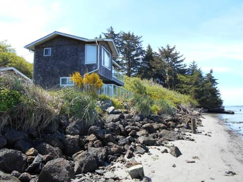 Waterfront Rental Cover Picture