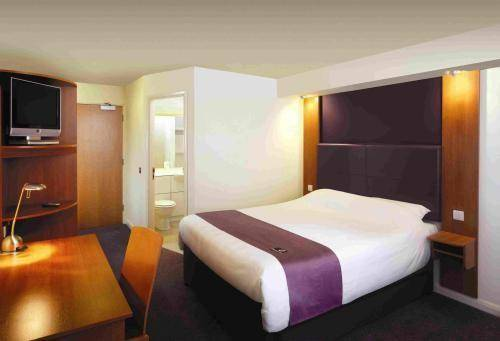 Premier Inn Bolton (Stadium) Cover Picture