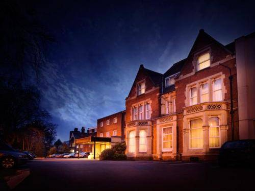 St Johns Hotel Solihull Cover Picture