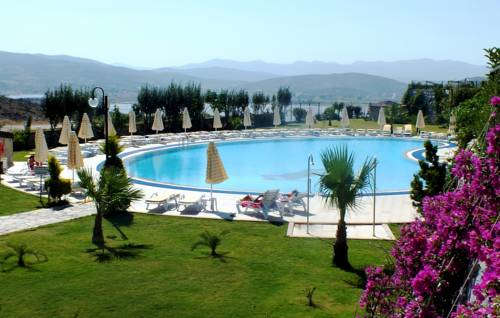 Lakeside Garden Holiday Village Cover Picture