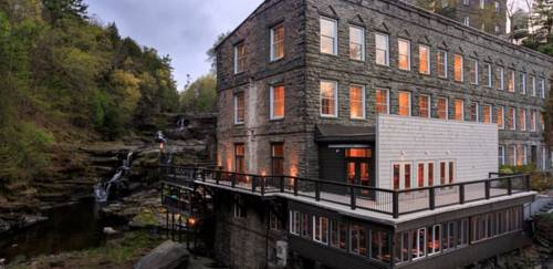 Ledges Hotel Cover Picture