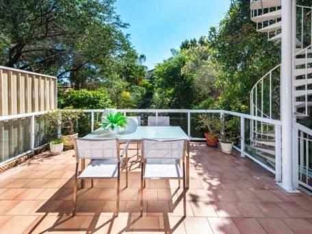 Bondi Beach House Retreat Cover Picture