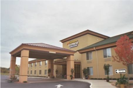 Holiday Inn Express & Suites Salamanca Cover Picture
