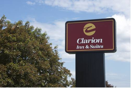 Clarion Inn & Suites Fairgrounds- Syracuse Cover Picture