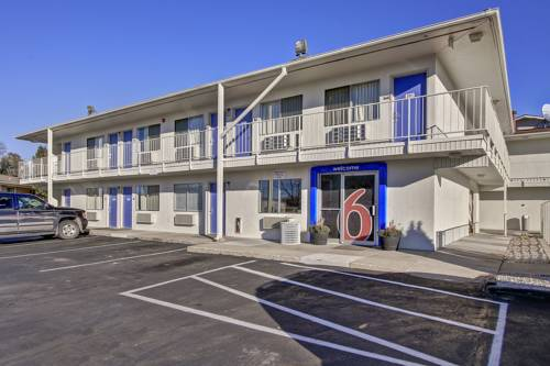 Motel 6 Green Bay Cover Picture