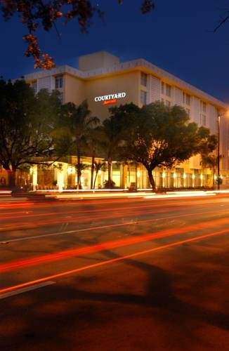 Courtyard Miami Coral Gables Cover Picture