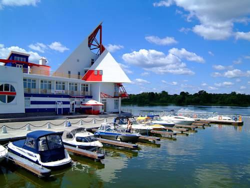 Zavidovo Recreation Complex Cover Picture