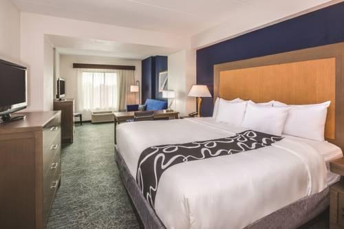 La Quinta Inn & Suites Philadelphia Airport Cover Picture