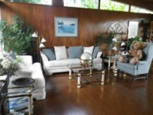 Beach Estates Inn Bed and Breakfast Cover Picture