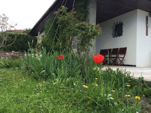 Villa Ferney-Voltaire Cover Picture