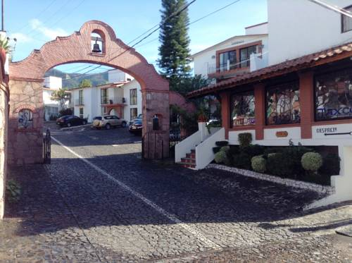 Villas de la Montaña Cover Picture