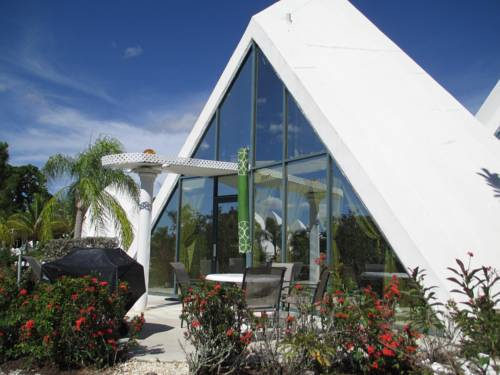 Pyramid Village Park - Fort Myers Cover Picture