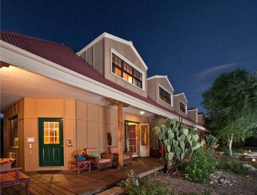 Tubac Country Inn Cover Picture