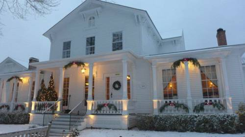 The Old Lyme Inn Cover Picture