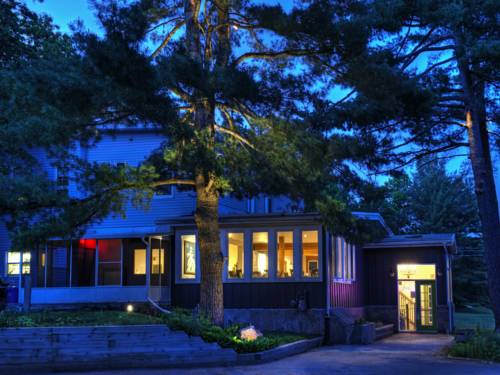 Pine Lodge Inn Cover Picture