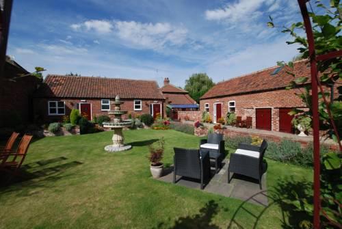 Home Farm & Lodge Cover Picture