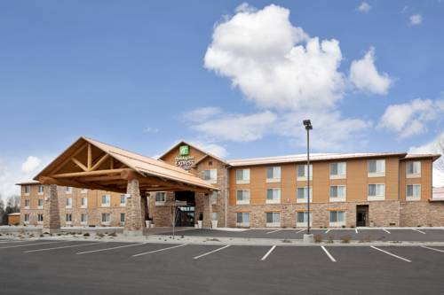 Holiday Inn Express Hotel & Suites Sandpoint North Cover Picture