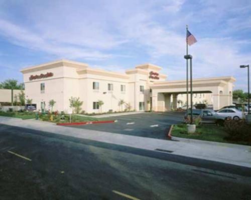 Hampton Inn & Suites Sacramento-Auburn Boulevard Cover Picture