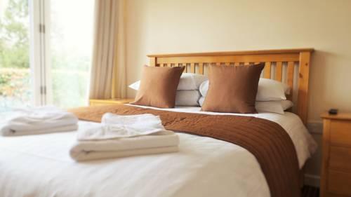 Roydon Marina Village Hotel Cover Picture