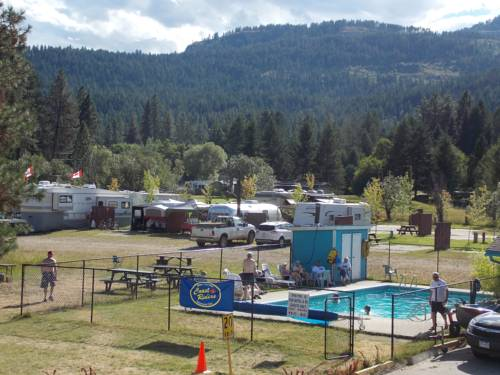 Christina Lake Village Cover Picture