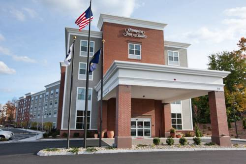 Hampton Inn & Suites Exeter Cover Picture