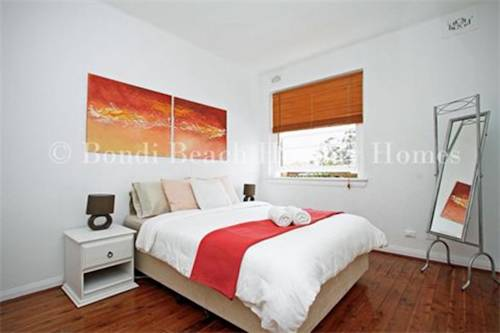 Bellevue Family Stay - A Bondi Beach Holiday Home Cover Picture