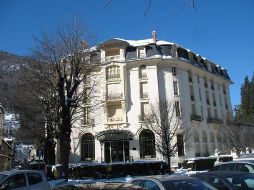 Pyrénées Palace Cover Picture