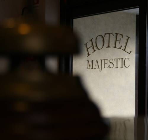 Hotel Majestic Cover Picture