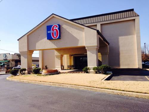 Motel 6 Jacksonville, AR Cover Picture